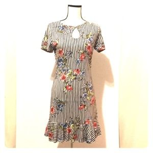 Size Large Women's summer dress NWT's